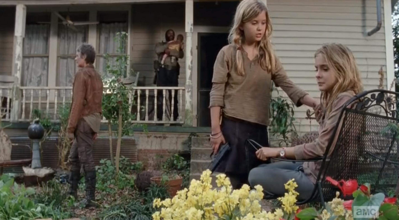 "A Closer Look The Walking Dead ""The Grove"""