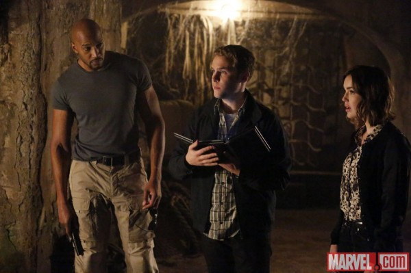 agents-of-shield-ye-who-enter-here-image-600x399