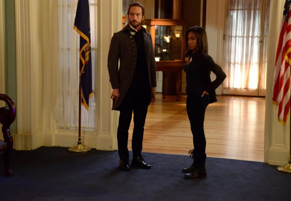 Sleepy Hollow Abigail and Ichabod