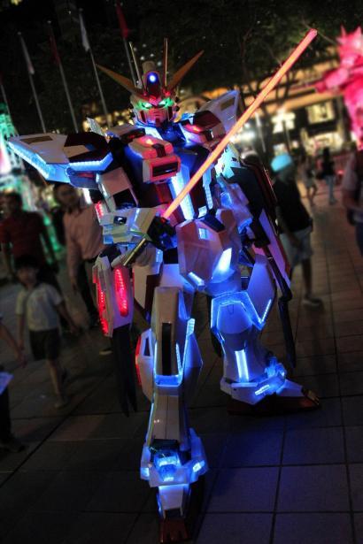 Clive Lee Cosplay Star Build Strike Gundam