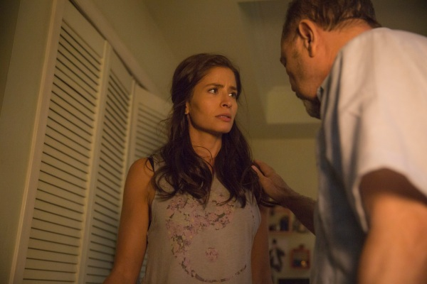 Mercedes Mason as Ofelia and Ruben Blades as Daniel Salazar - Fear The Walking Dead _ Season 1, Episode 4 - Photo Credit: Justina Mintz/AMC