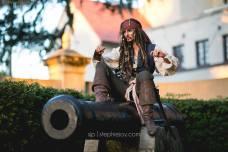 Alyson Tabbitha Cosplay Jack Sparrow 4