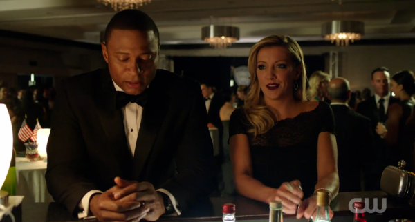Arrow Brotherhood Diggle and Laurel