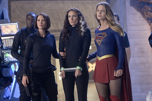 Supergirl Blood Bonds