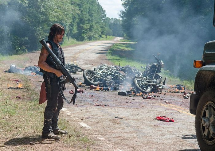 the-walking-dead-episode-609-daryl-reedus-4-935.0
