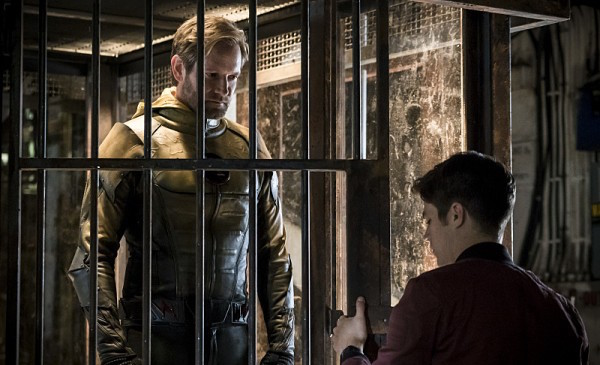 the-flash-season-3-flashpoint-image-14-600x401